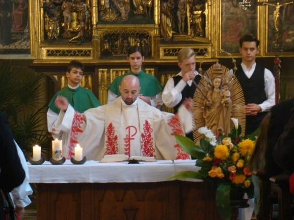 Erdélyiek vasárnapja, és  emlékezés az aradi vértanúkra a  bécsi  Szent Erzsébet templomban