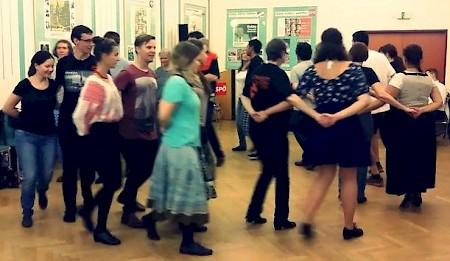 Délibáb táncház sorozat  bécsi sokszínűséggel fűszerezve