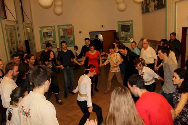 Délibáb táncház sorozat: Bolgár-Magyar táncház
