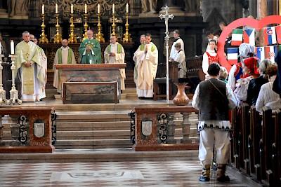 Népek vasárnapja a Stephansdomban – szeptember 25.