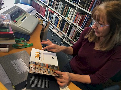 Magyar könyvtár Bécsben – 15 ezer könyvből válogathatnak az olvasás szerelmesei