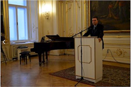 Habsburg György a Club Pannonia meghívására Bécsbe jött