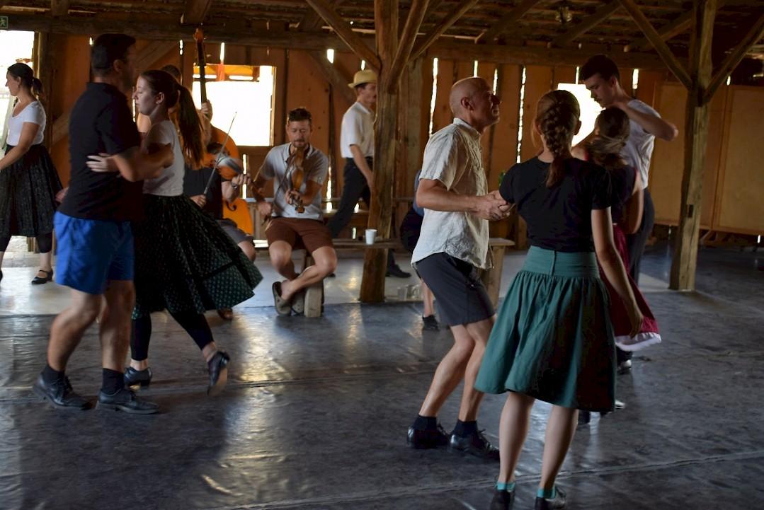 Kiscsőszön táborozott a Délibáb Bécsi Magyar Kultúregyesület