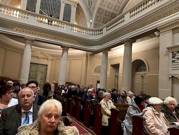 """Az ,,Europa""""-Club és az Ausztriai Magyar Református Lelkigondozó Szolgálat közös karácsonyi istentiszteletet és koncertet szervezett december 15-én, advent harmadik vasárnapján."""