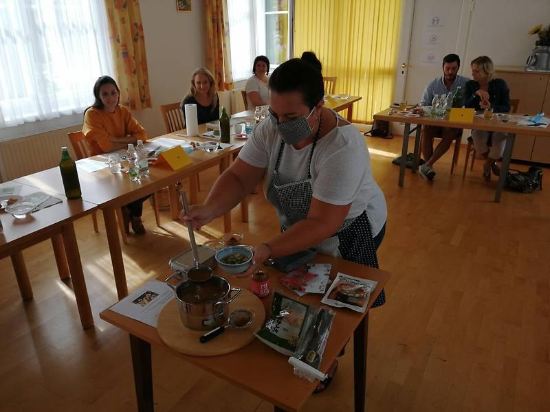 BMKE: Japán konyha Alsóőrött